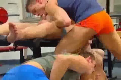 Groupsex At The Gym