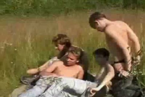 Russian boyz Have 4some down by the lake