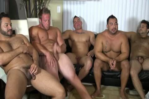 Muscle Bears Jack Off Party