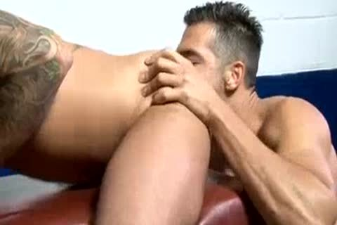 pumped up lad GUZZLES A gigantic cock - JONATHAN AGASSI
