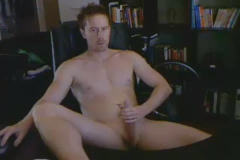 Doug The Straight Aussie excited Exhibitionist Jacks Off Online anew For Hundreds Of His Fans.