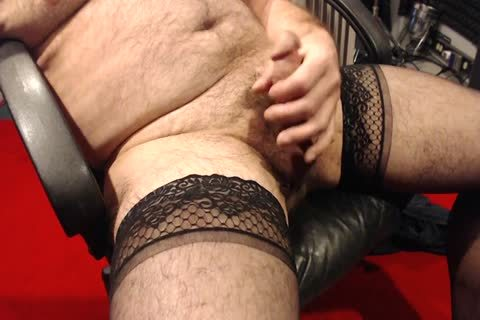 I Love To jerk off In My Nylons. Love To Wear 'em In raunchy Encounters As Well.