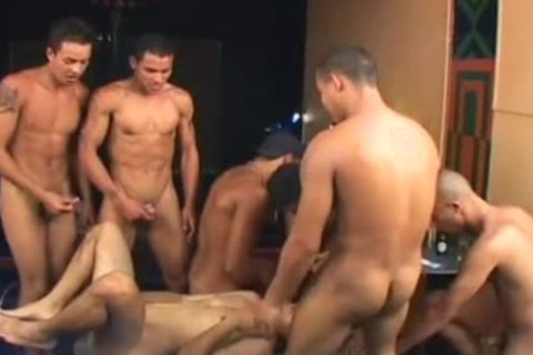 bunch-sex Games - Scene 3 - The French Connection