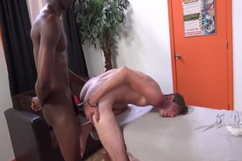 Kyle Jacobs Seduces His darksome Client