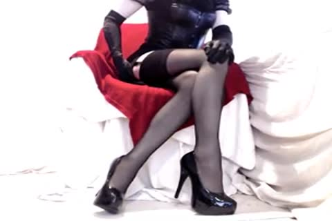 charming Seamed nylons And Heels
