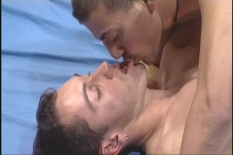 Pascal Motta And Luca Kiss asshole drilling On The sofa