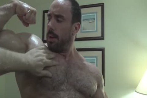 Oily Muscle Worship
