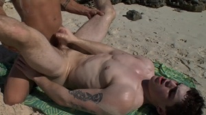Sex On The Beach - Brent Everett & Eric Clark ass invasion