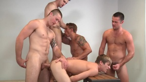 Muscle Worship - Phenix Saint, Johnny Rapid anal Nail