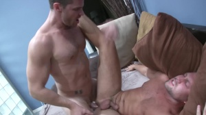 How To Keep Your man - Landon Conrad & Bobby Clark Hook up