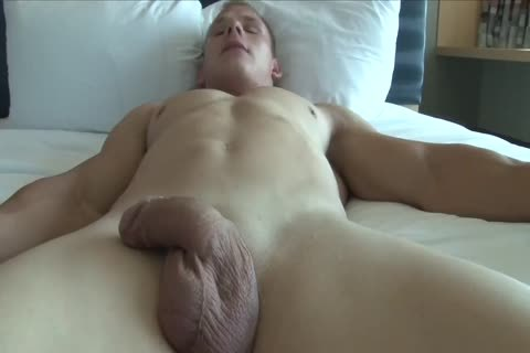 Greg N Showers And Shows Off