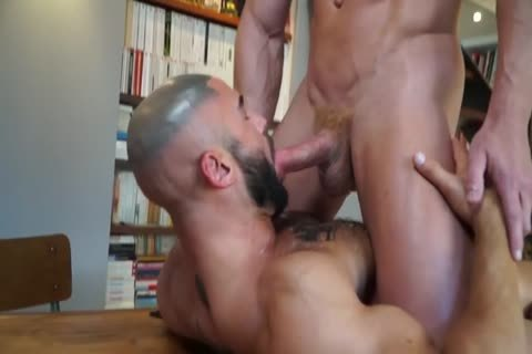 bareback gays likes To bang hardcore In The anal