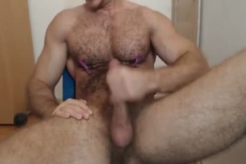 Muscle Cub Show And cum