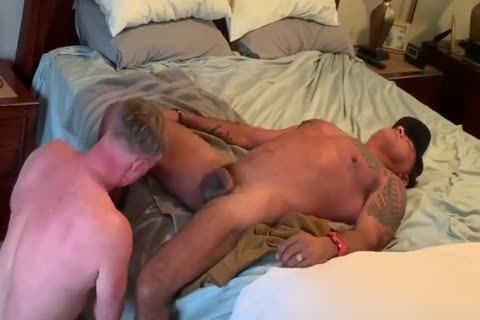 Daddy engulfing & Getting pounded By Tattoed Daddy