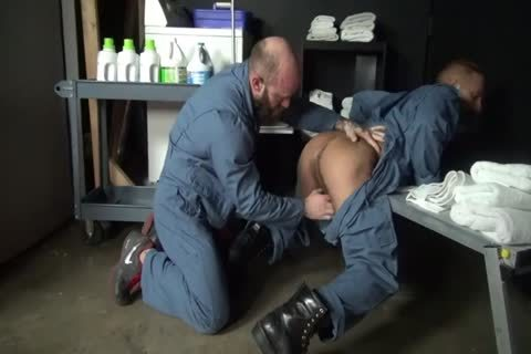 Jack And Dirk nail raw