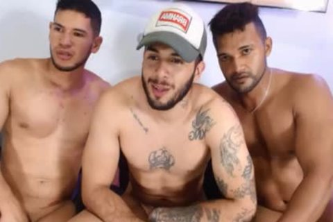 Three-some Latin playgirl guys Free Sex Chat Porn On Cruisingcams.com
