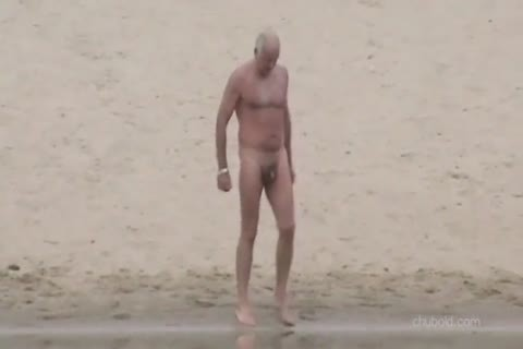 Spy old men And Grandpas Swimming nude