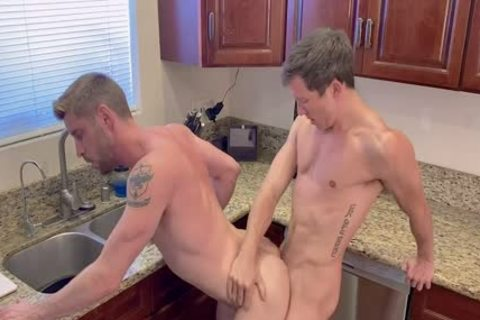 Isaac Parker And Johnny Ford Fool Around