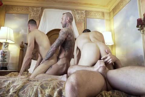 raw Foursome