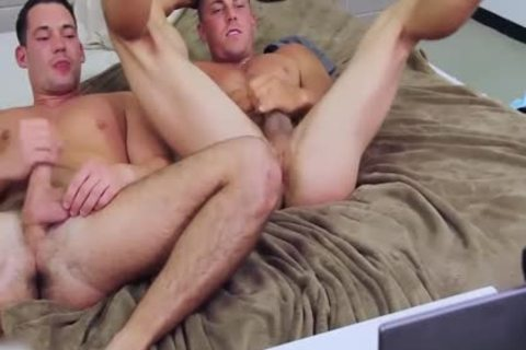 Derek Jones And Ryan Winter wild cam Show together