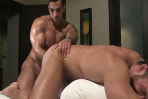 Christian power+Emiliano Shower