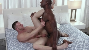 Noir Male: Sex scene with Aaron Trainer and Brian Bonds