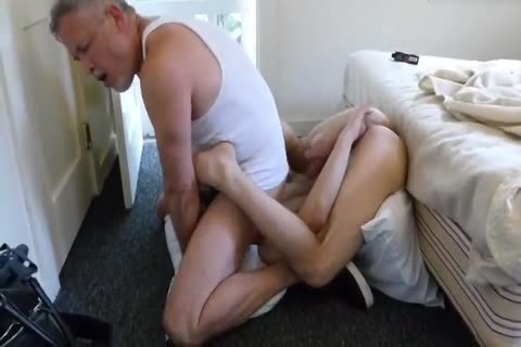 Daddy Likes It When he Let Me Stick All His penis In