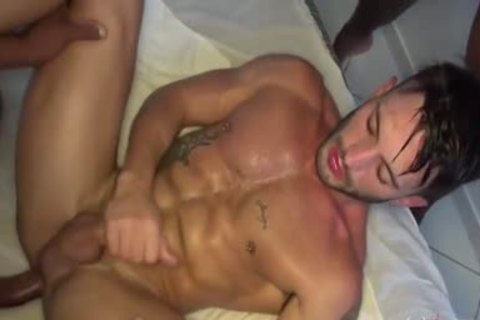 Andy Starr - Neo Gustavo Ryder pound Andy Star