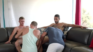 Next Door Buddies: Athletic Justin Matthews butt fuck