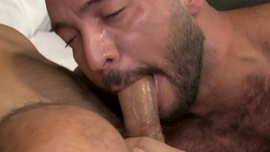 MenOver30 - Julian Torres in the company of Joe Parker facial