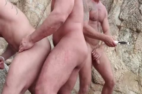 Andy Star BarebackOrgy On The Beach