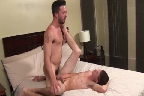 Isaac Hardy pounds Nate Oakley