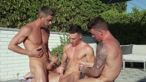 FalconStudios - JJ Knight and Johnny Ford bends over
