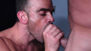 Men Over 30 - Sean Duran fucked by huge penis Damien Crosse