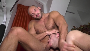 FrankfurtSexStories: Muscle Tomas Salek wishes hard nailining