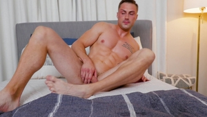 PrideStudioPartners - Gay Damien White masturbating at casting
